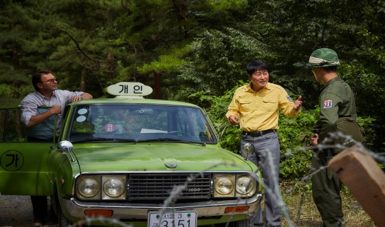 A TAXI DRIVER Rolls Up to International Markets