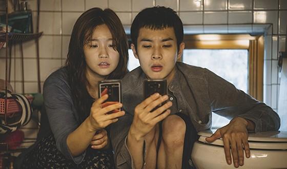 BONG Joon-ho's PARASITE Claims Early Sales