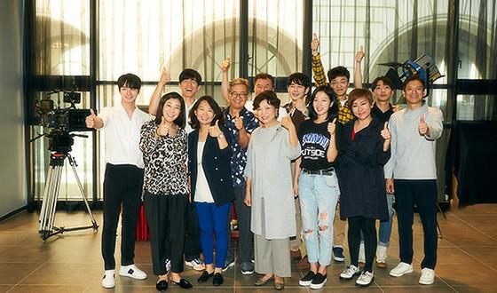 RA Mi-ran, GIM Mu-yeol and NA Moon-hee Campaign for HONEST CANDIDATE