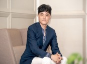 HOSTAGE: MISSING CELEBRITY's Director Pil Gamseong Blurs the Boundary Between Reality and Fiction