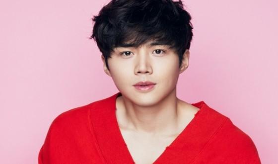 Kim Seonho to Make Big Screen Debut in SAD TROPICS