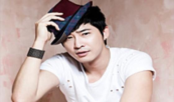 ROMANCE GAME Locks KANG Ji-hwan for Lead