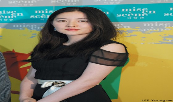 LEE Young-ae to Make Big Screen Comeback in FIND ME