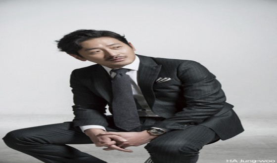 HA Jung-woo Considers a Trip to BOSTON 1947