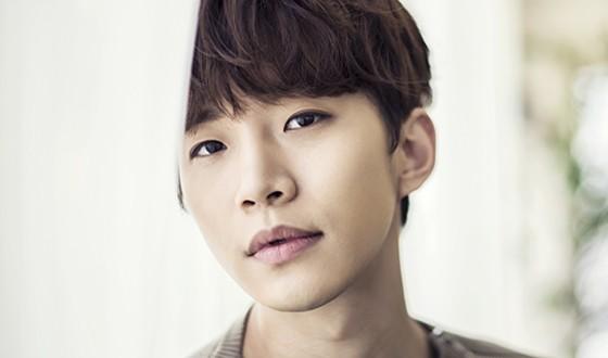LEE Jun-ho to Make Screen Comeback in Period Comedy
