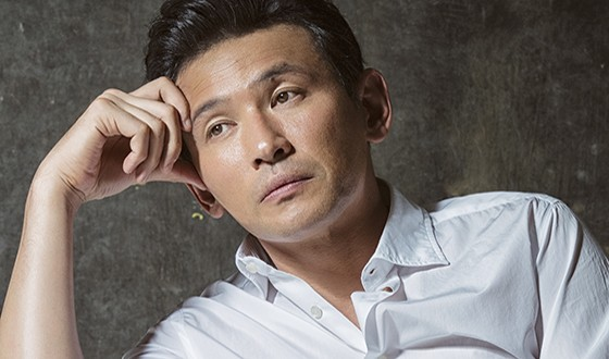 HWANG Jung-min Mulling Return as HOSTAGE