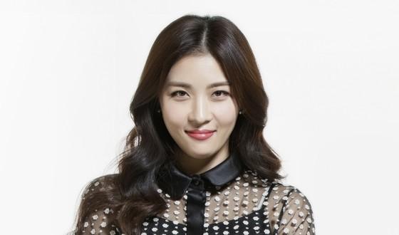 HA Ji-won Mulling Big Screen Return in COLLATERAL
