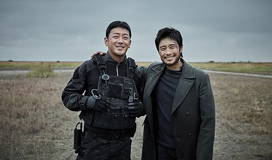 LEE Byung-hun and HA Jung-woo Wrap MOUNT BAEKDU