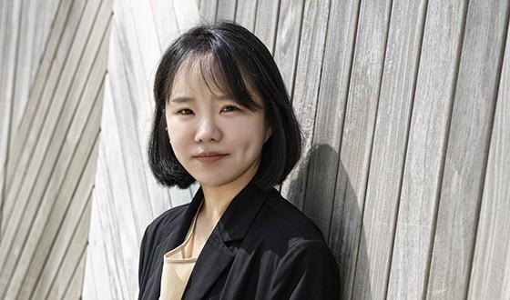 MOVING ON Director YUN Dan-bi